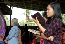 pd_photos_woman-reading-bible-220x150